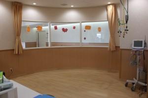 新生児室(入口から)